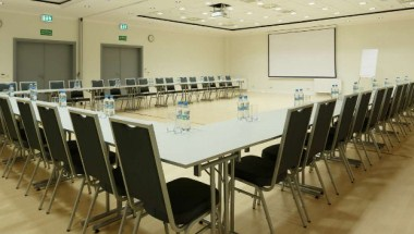 Grand Meeting Room