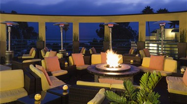 DoubleTree Suites by Hilton Hotels Doheny Beach -