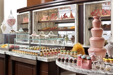 Indulge in exquisite desserts at Cachet restaurant