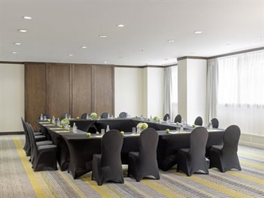 Carlyle Meeting Room