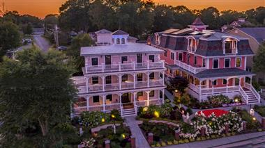 Guesthouses at Saybrook Point