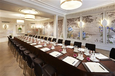 The Clarendon Room - board meeting