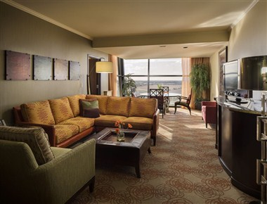 Grand Tower Suite