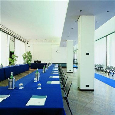 Brixia Meeting Room