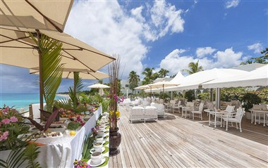 Beach Bar Deck - Caribbean Buffet