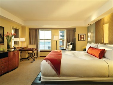 Premier Waterview Room
