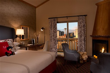 Cityside Room