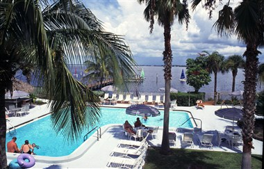 Punta Gorda Waterfront Hotel &amp; Suites
