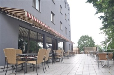 Arion Lounge - Exterior