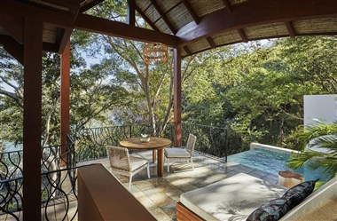 Canopy Premier Suite with Plunge Pool