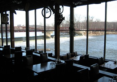 Iowa River Power Restaurant