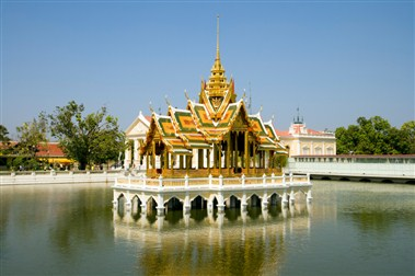 Bang Pa-In Palace Aisawan Thiphya-Art
