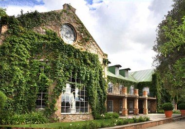 Helderfontein Estate And Conference Centre