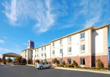 Sleep Inn & Suites - Smithfield