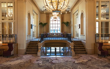 Cotillion Foyer - Pre-Function Space