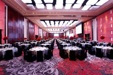 Marriott Grand Ballroom Gala Dinner Set up