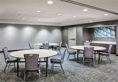 Commerce Meeting Room