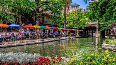 Rivercenter on the San Antonio River Walk