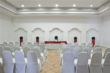 ALEGRANZA MEETING ROOM