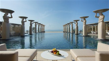 Oasis Pool at The Mulia Bali