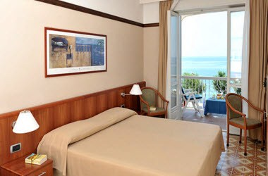 Double Room Front Sea View