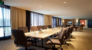 Executive Suite Meeting Area