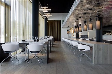 Restaurant Carbon Gusto (with open kitchen)
