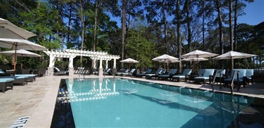 The Inn & Club at Harbour Town Boutique Pool