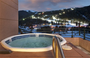 The Inn at Keystone Rooftop Hot Tub