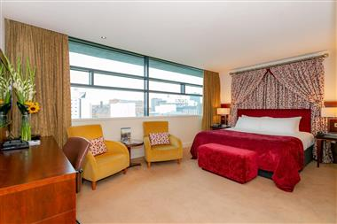 Deluxe Feature Suite
