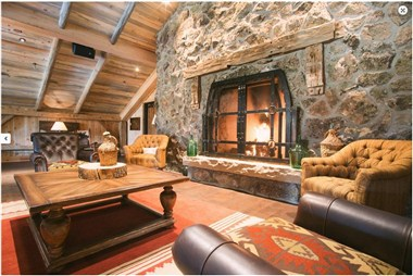High Lonesome Loft with Fireplace
