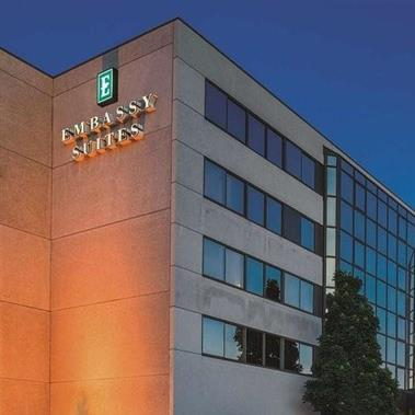 Embassy Suites by Hilton Hotel & Convention Center