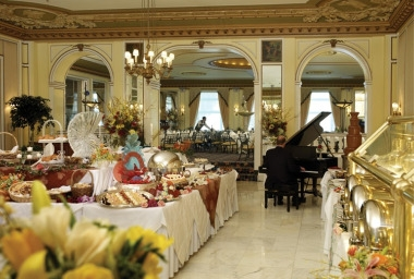 Lake Terrace Dining Room