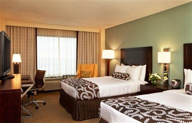 Crowne Plaza Atlanta Airport Double Guest Room