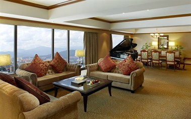 Presidential Suite Living Hall
