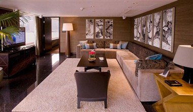 CEO Suite Living Room