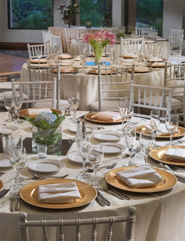 Cyprus Elegant Event table setting Crowne Plaza Ca