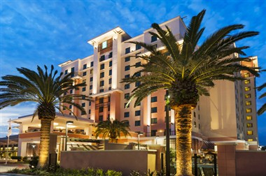 Embassy Suites Orlando-Lake Buena Vista south