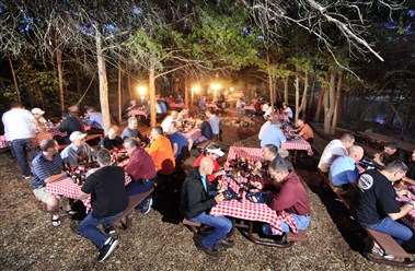 Chuckwagon Dinner & Entertainment
