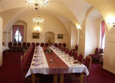 Chateau Restaurant