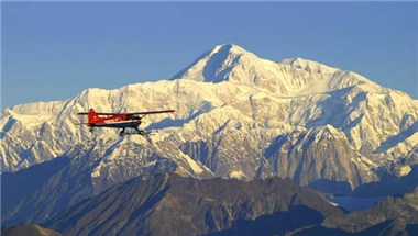 Flightseeing around Mount McKinley