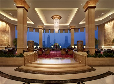 Lobby- River Wing