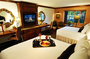 Signature Double Queen Room