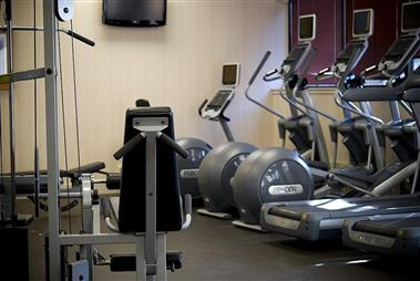 24-Hr Fitness Room