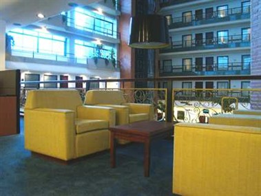 Business Centre Sitting Area