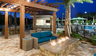 Courtyard & Fire Pit