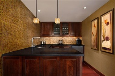 Luxury Suite Kitchenette