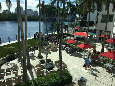 Patio dining on the Intercoastal Waterway