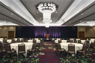 Grand Ballroom Set in Rounds