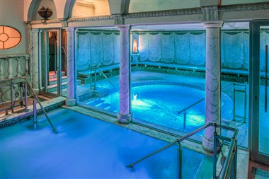 Jacuzzi & Turkish bath